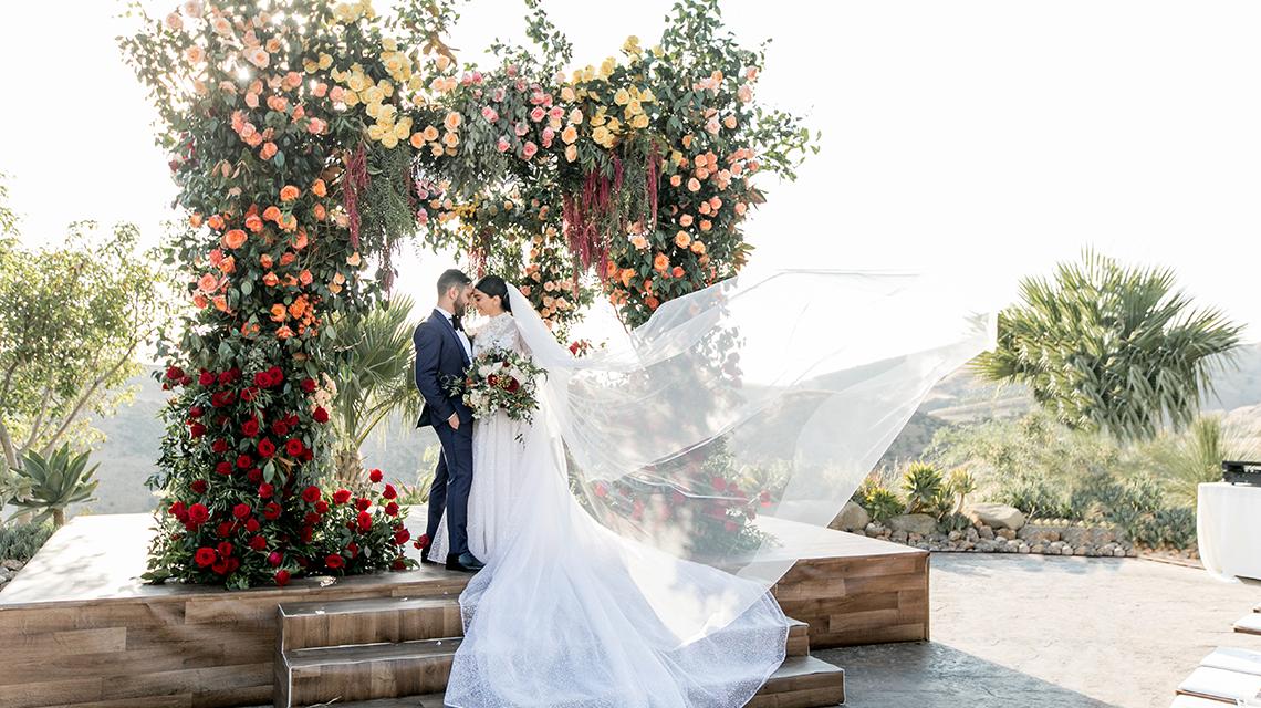 Epic Jewish wedding celebration at Hummingbird Nest Ranch in California