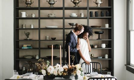 How to Decorate for a Small Wedding at Home