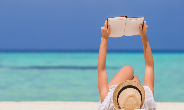 20 Best Beach Reads: Awesome Books for Your Honeymoon : Best Beach Reads